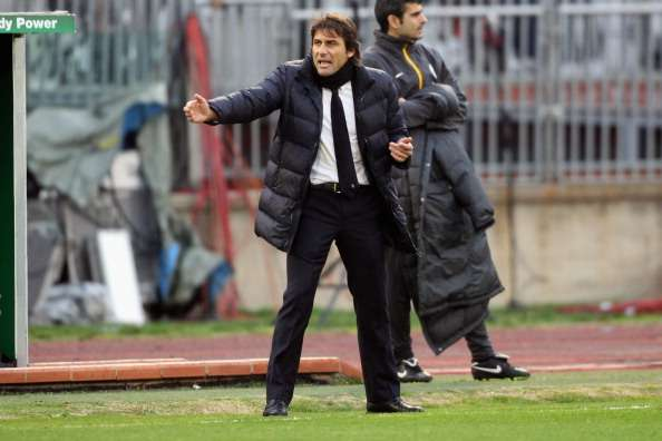 Juventus coach Conte wary of title rivals during January transfer window