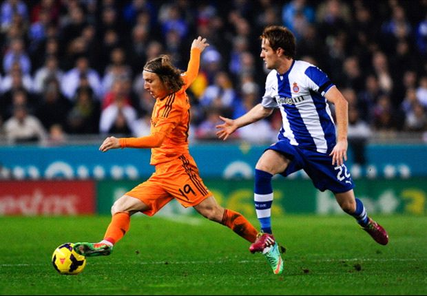 Espanyol 0-1 Real Madrid: Pepe draws Los Blancos to within three points of Barcelona, Atletico