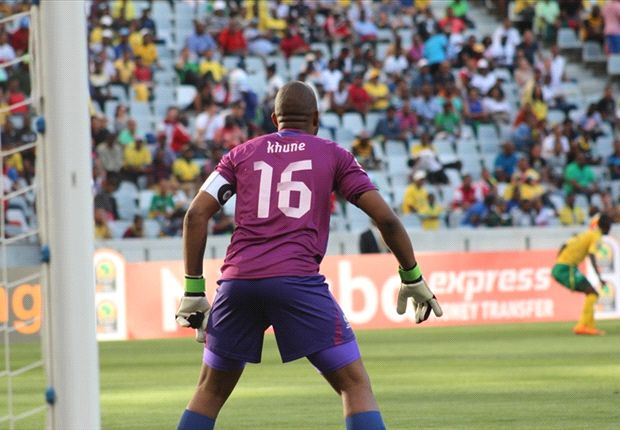 Khune's job is to protect Kaizer Chiefs two goal cushion