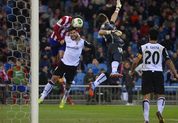 Guaita no estuvo muy afortunado en el primer gol rojiblanco