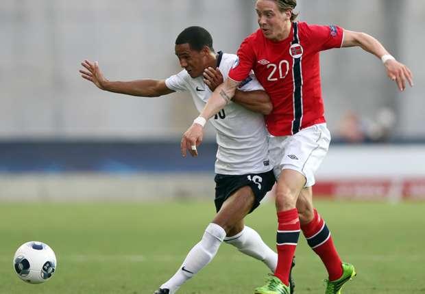Celtic sign Johansen from Stromsgodset