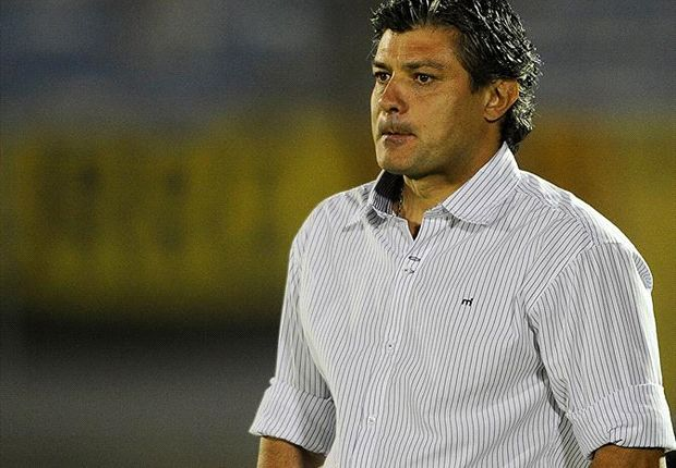 "Jorge ""Tito"" Gonaçalvez asumió como técnico de Peñarol a principios de octubgre de 2013"