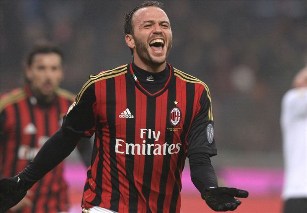 Pazzini: Allegri a big loss for AC Milan