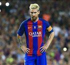 Messi vermaakt publiek in Camp Nou