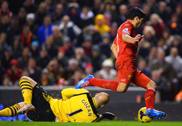 Suarez dived to win penalty - Guzan