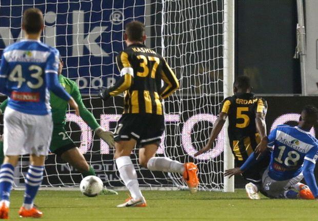 Van Aanholt late redder in nood voor Vitesse