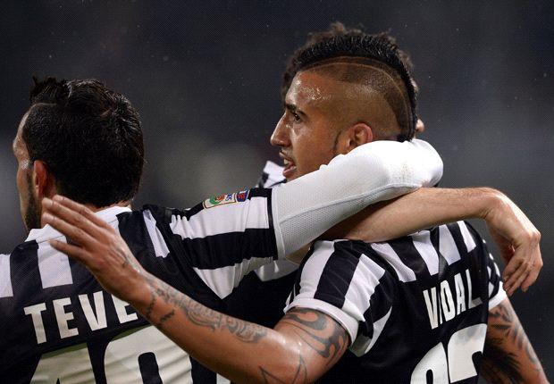 Vidal marcó dos goles en la victoria de la Vecchia Signora.