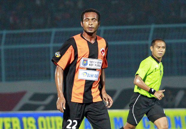 Gol penalti Arthur Bonai bawa Perseru menang atas Mitra Kukar.