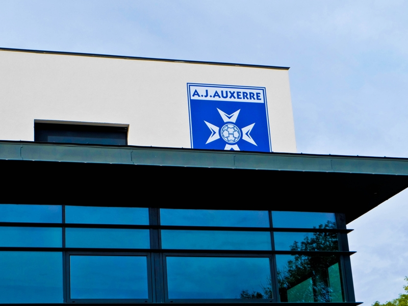 Saint-Etienne prête Polomat à Auxerre