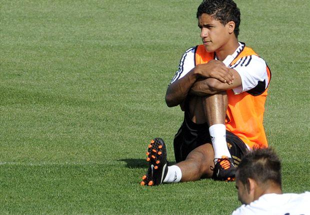 Varane volverá a ser titular de nuevo en el Real Madrid