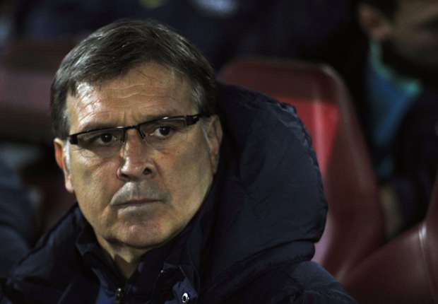 Barca have faced more serious problems than Rosell resignation - Martino