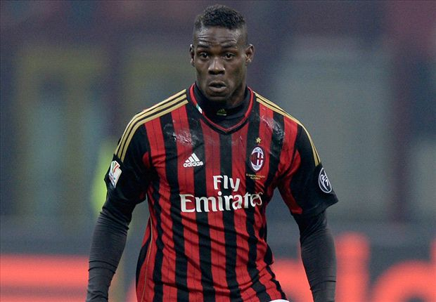 AC Milan striker Balotelli dismisses Chelsea & PSG rumours