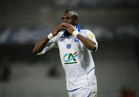Transferts, Kitambala à Charleroi (officiel)