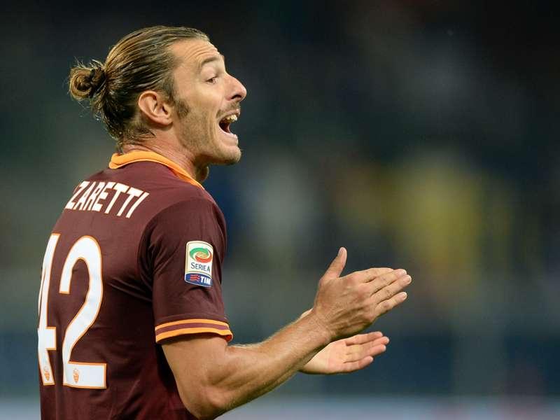 """Roma, Balzaretti choc: """"Questo dolore potrebbe fermarmi per sempre..."""