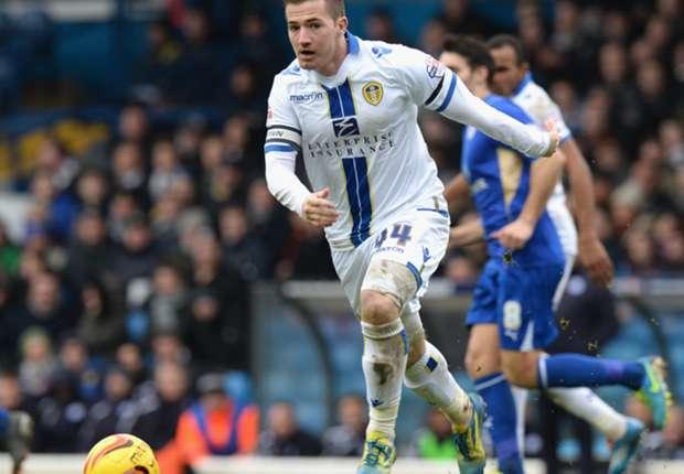 West Ham's McCormack bid rejected by Leeds