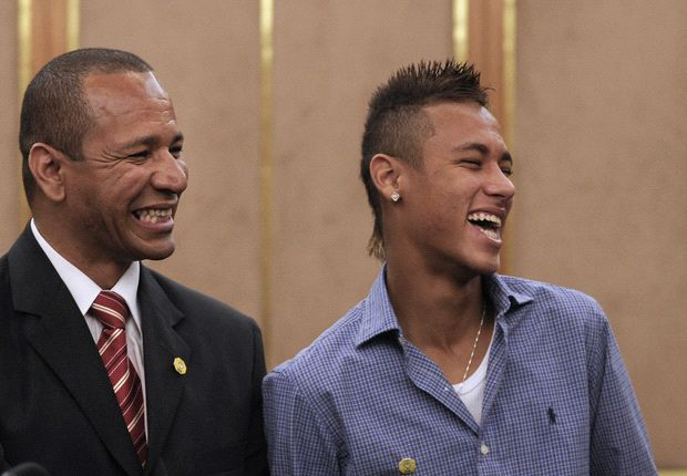 Neymar's father: Barcelona paid €10m in 2011