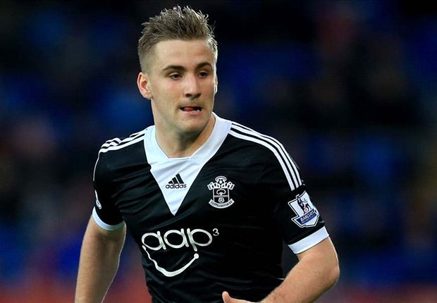 Manchester City prepared to table €35m bid for Shaw
