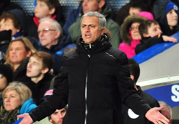 Mourinho: Manchester City favourites for Etihad clash