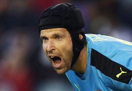 Cech: Arsenal improving after slow start