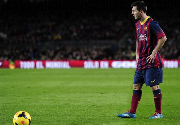 Messi would be great in goal, says Martino
