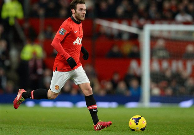 Mata could be a Manchester United great, says Giggs