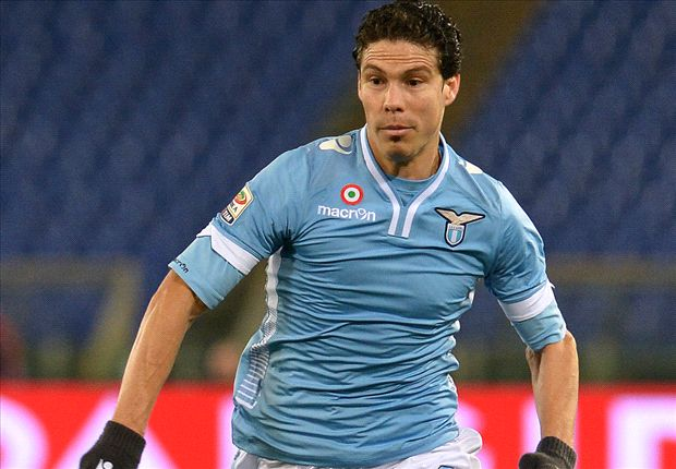 Inter sign Hernanes from Lazio