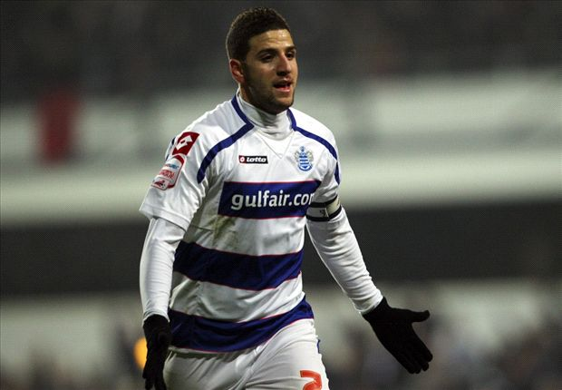 Taarabt arrives in Italy ahead of Milan move