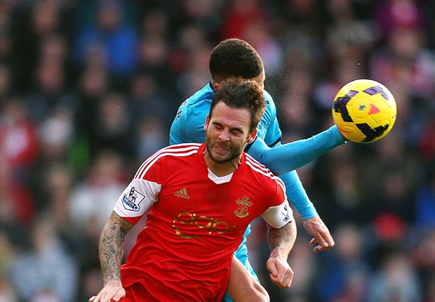 Danny Fox exits Southampton for Nottingham Forest