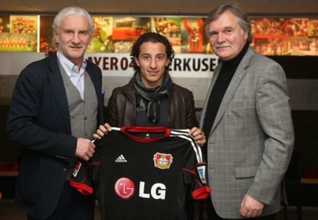 Guardado headed to Leverkusen on loan as Valencia offloads three players