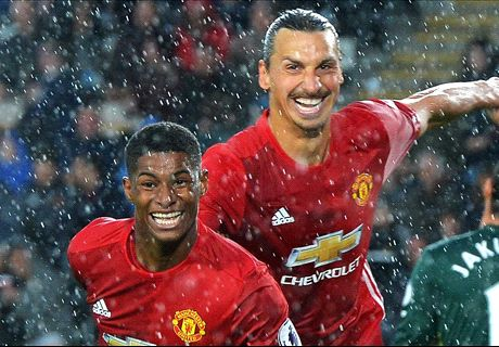 Rashford late show seals three points