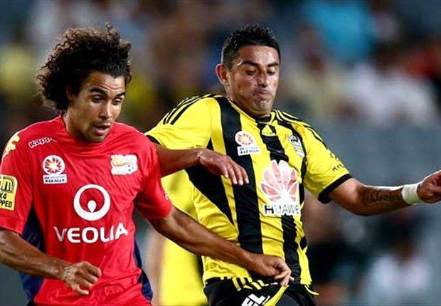 Wellington Phoenix 2-1 Adelaide United: Hernandez dominant