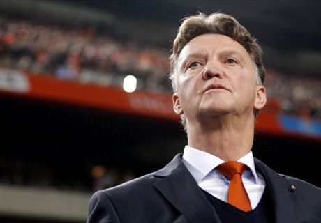 Why Man Utd must appoint Van Gaal