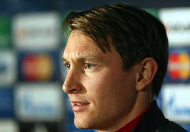 Wenger acknowledges taking risk on injured Kallstrom