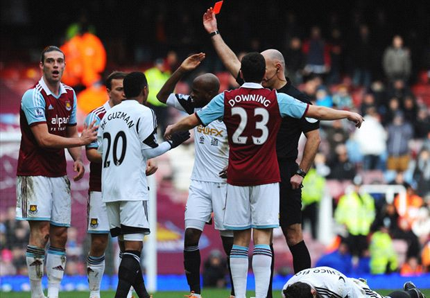 West Ham appeal against Carroll red card