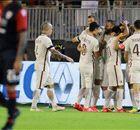Cagliari Paksa Roma Berbagi Angka