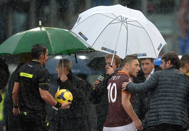 Pitch flooding suspends Roma-Parma