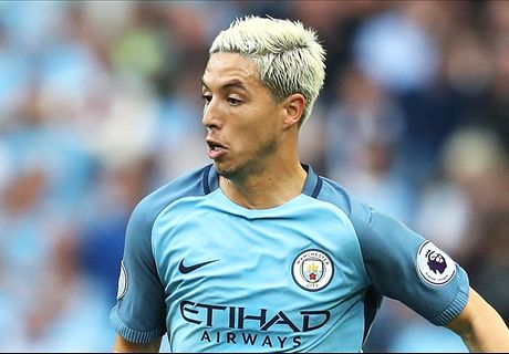 Nasri completes loan switch to Sevilla