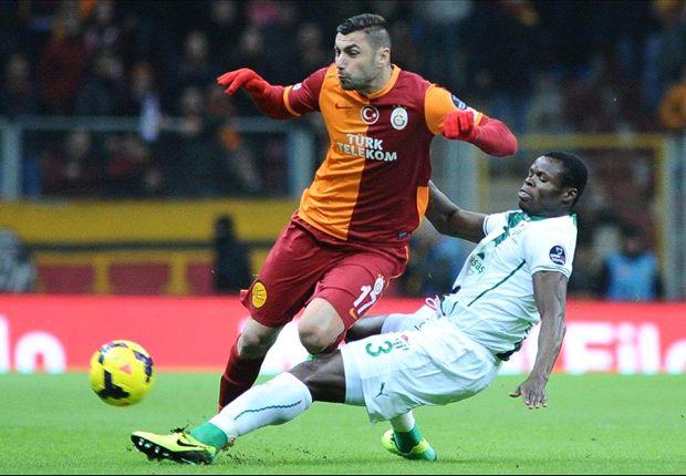 Galatasaray siegt torreich gegen Bursa und bleibt Fener auf den Fersen