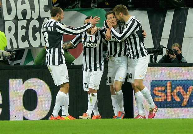 Pirlo makes everything easy, says Lichtsteiner