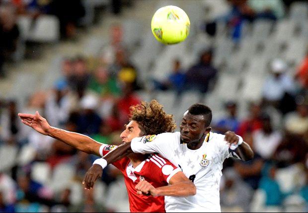 Jordan Opoku battles for an aerial ball