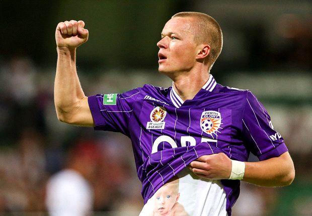 Sernas scores on debut, Covic collides with Taggart - Round 17 of the A-League in pictures