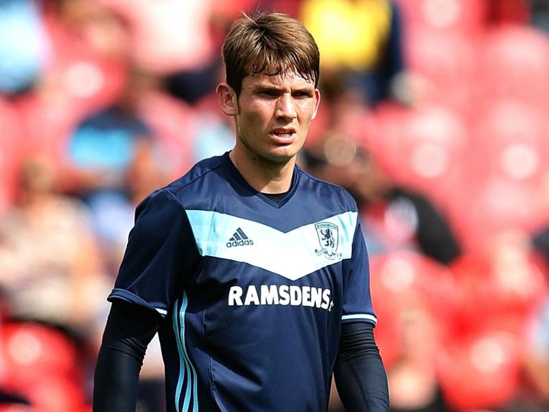 Middlesbrough, l'ex Atalanta De Roon torna a casa con i tifosi