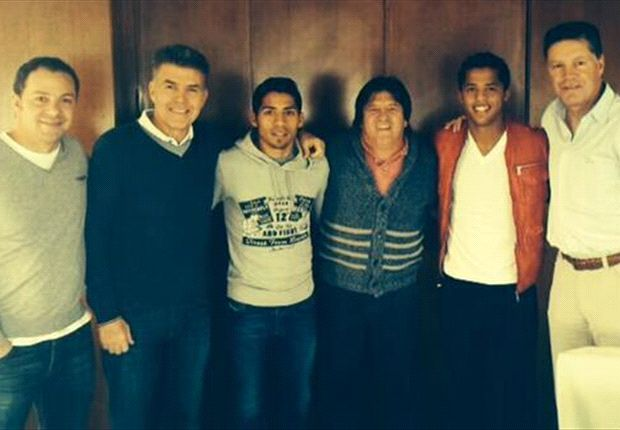 Mexico manager Miguel Herrera continues European tour