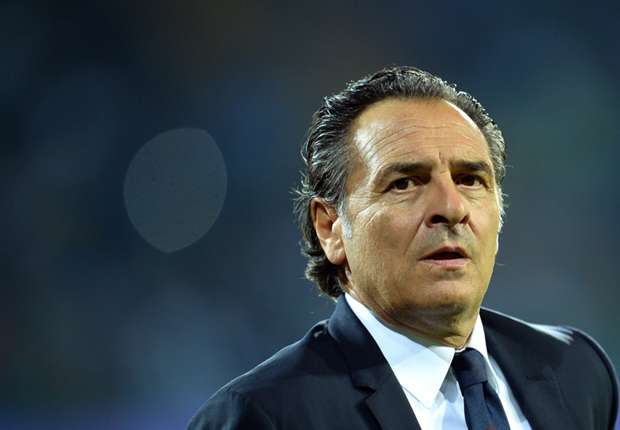 Italy boss Prandelli dismisses Tottenham rumours as 'fantasy football'