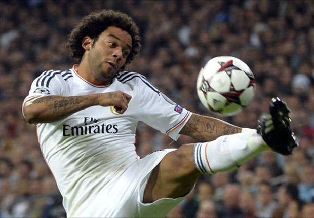 Marcelo debió salir a los 17 minutos de juego, por un golpe en la región lumbar