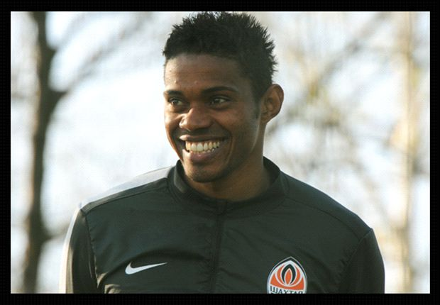 Shakhtar to pay Maicon's contract to family