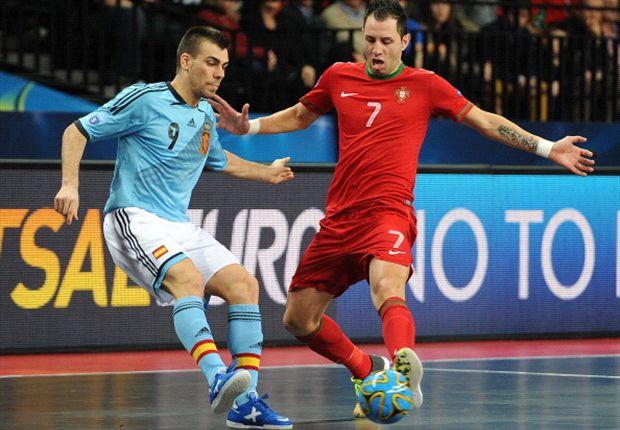 Lozano, autor de un gol