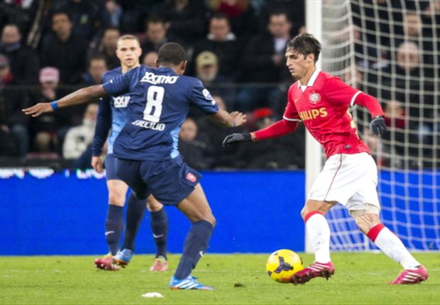 REVIEW Eredivisie: PSV Eindhoven & Feyenoord Amankan Tiga Angka