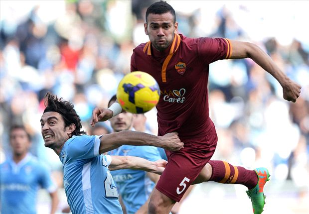 Castan signs new Roma deal