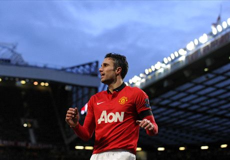 RVP happy at United, says Moyes
